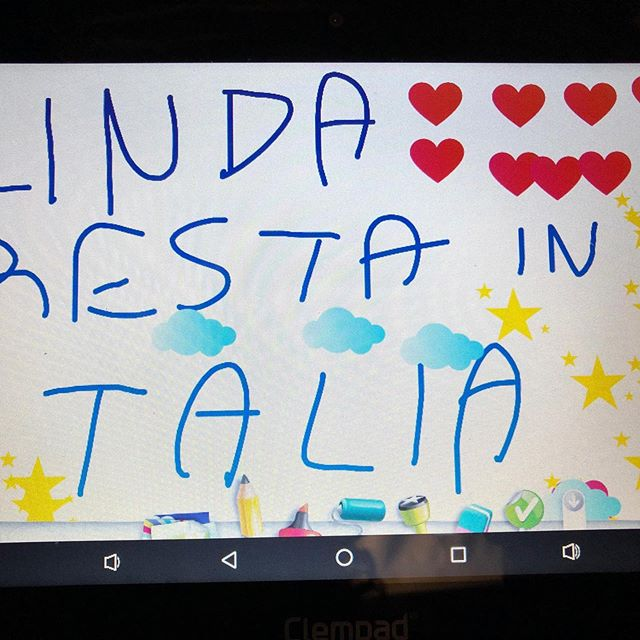 "I'm leaving Italy tomorrow for Berlin and my very sweet 8 year old cousin who just met me for the first time made these for me. The first says ""Linda, remain in Italy"". The other says ""Linda don't go away"". ❤️❤️😘😘😍😍🥰🥰😢😢"