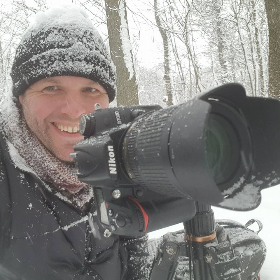 stephen_mills_photographing_in_the_snow.jpg