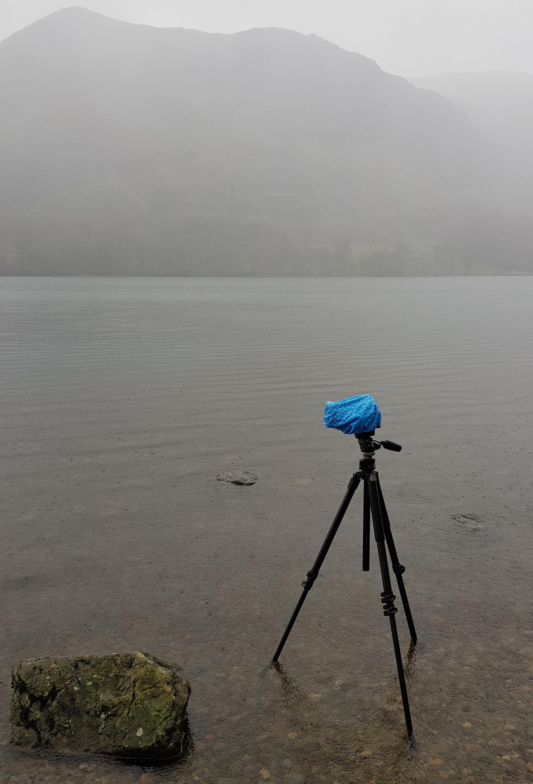 keeping_my_camera_dry_in_the_rain.jpg