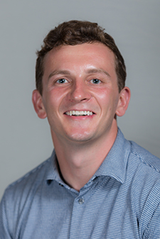 Tom Enright - Year in medical school: second yearHometown: Milwaukee, WIHigh School: Marquette University High SchoolHCF role: Grant Recipient Follow-up Committee