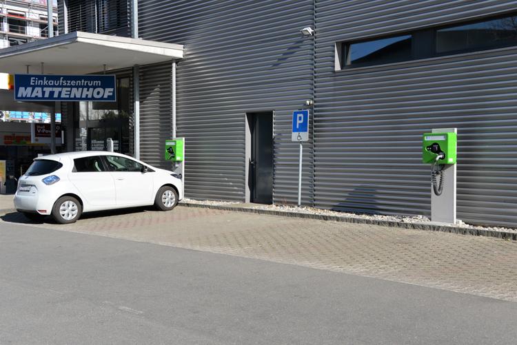 Eleltrische Parkplätze für die Mikropole Mattenhof - 2 Ladestationen wallbe Pro Plus, realisiert mit unserem Partner Invisia.Inbetriebnahme: Febraur 2018