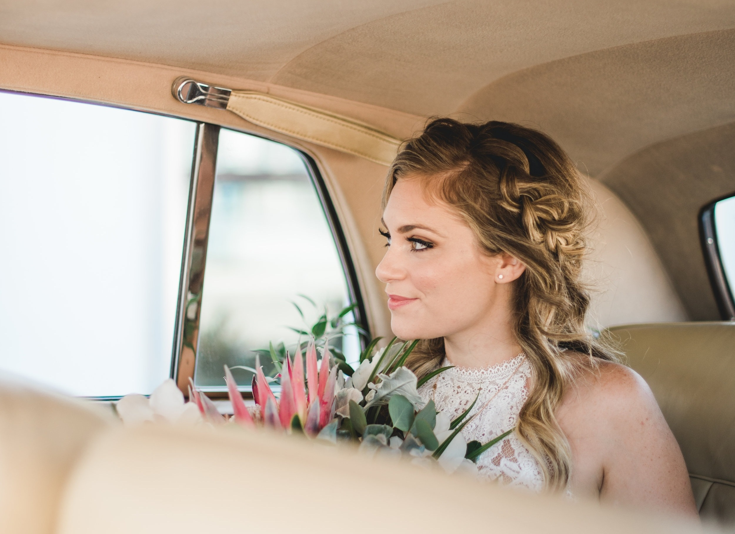 vintage-rolls-royce-naples-wedding.jpg