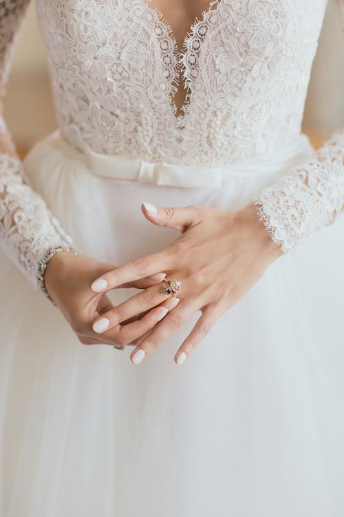 bride-getting-ready-ringling-museum-sarasota-wedding.jpg
