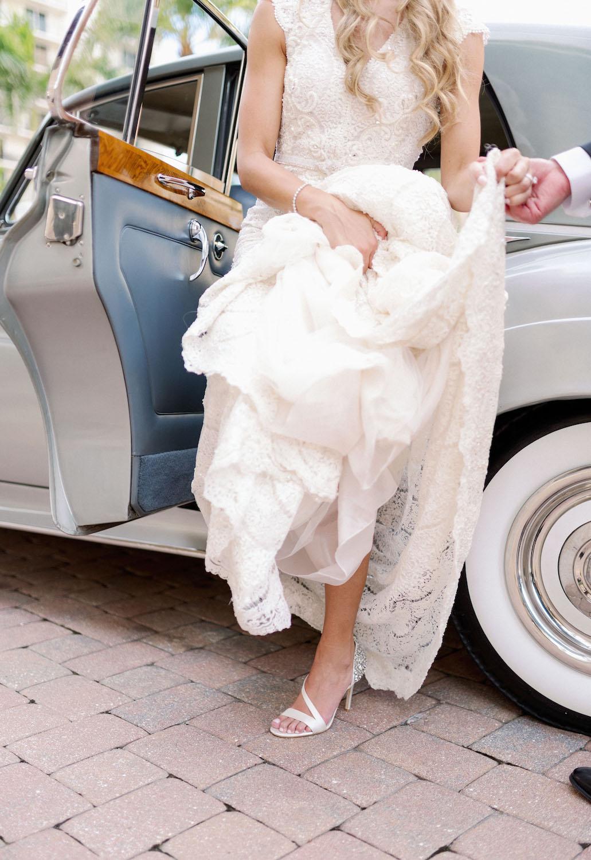 bride-vintage-rolls-royce.jpg