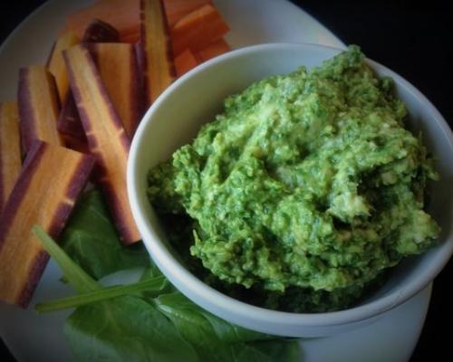 Spinach Basil Hummus