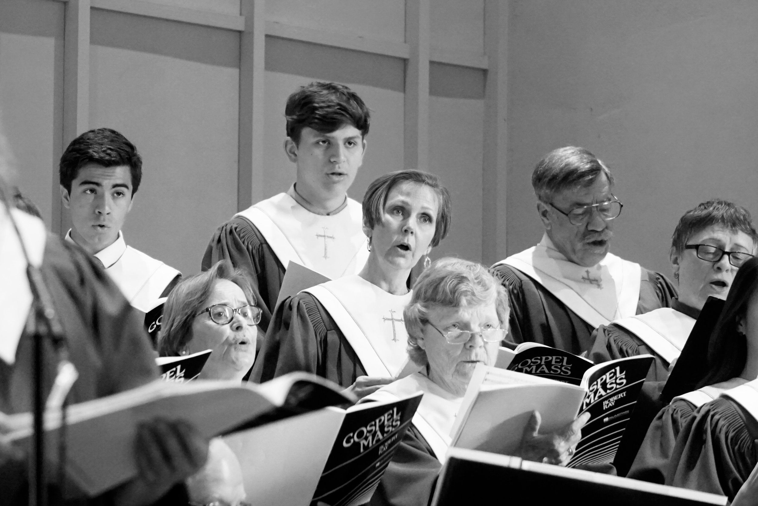 01 claremont-presbyterian-church-easter-choir-6-BW.jpg