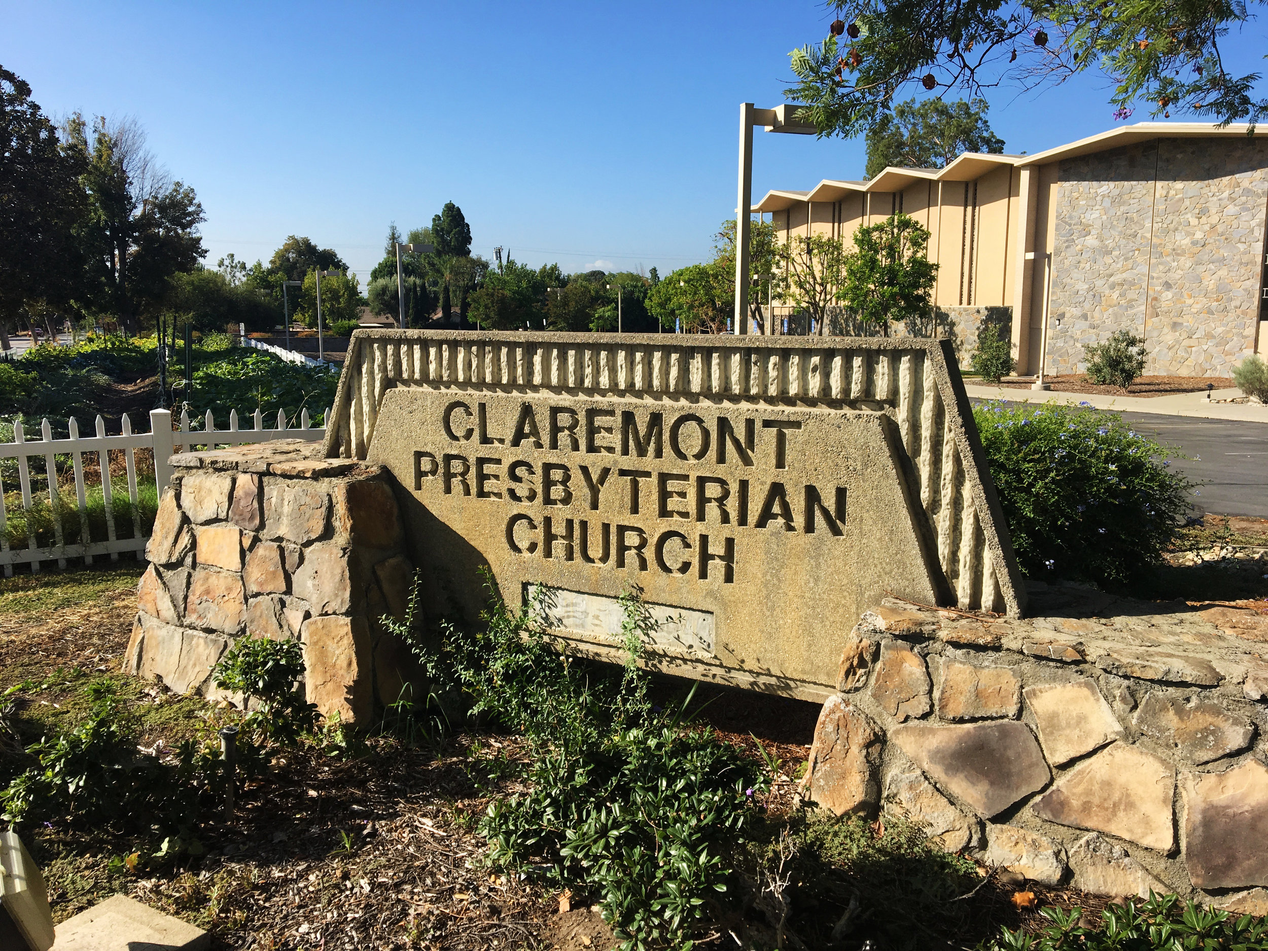 claremont-presbyterian-church-campus-tour-sign-mountain.jpg