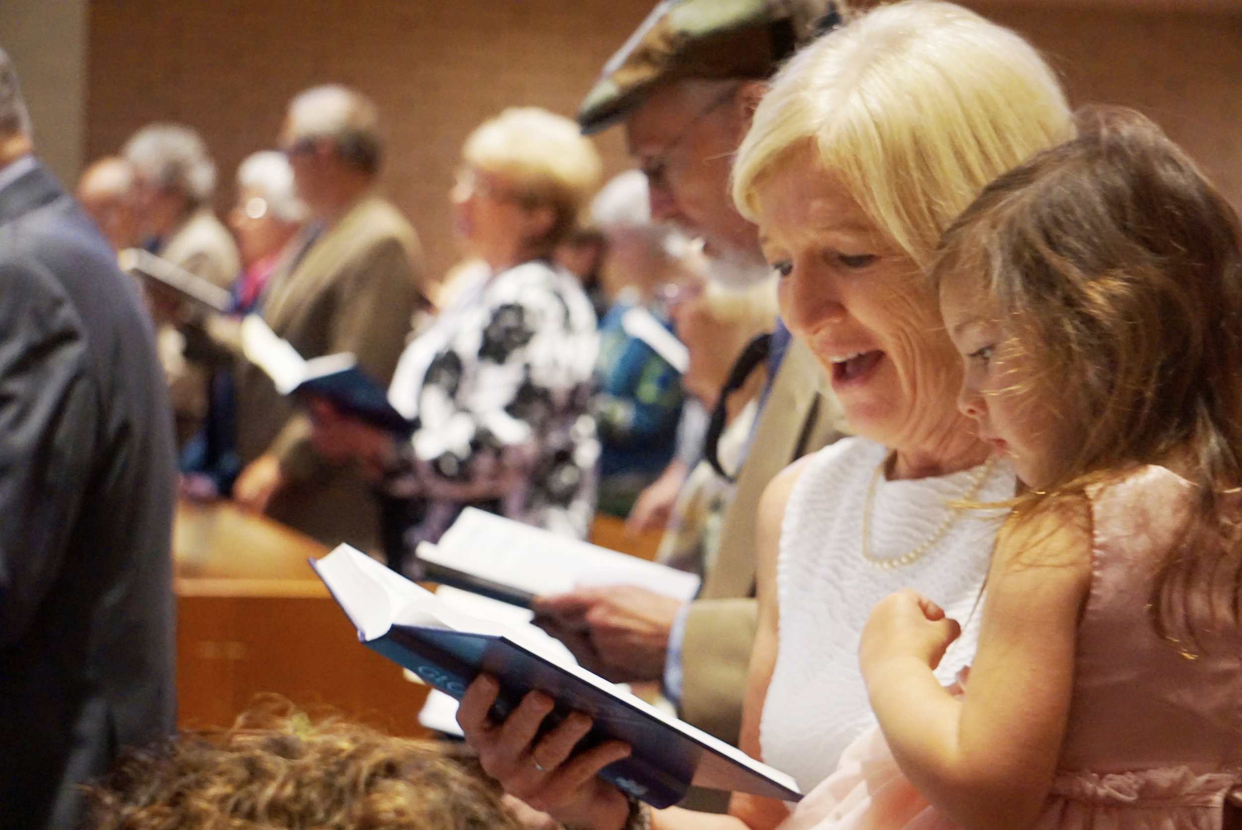 Claremont-Presbyterian-Church-congregation-2.jpg