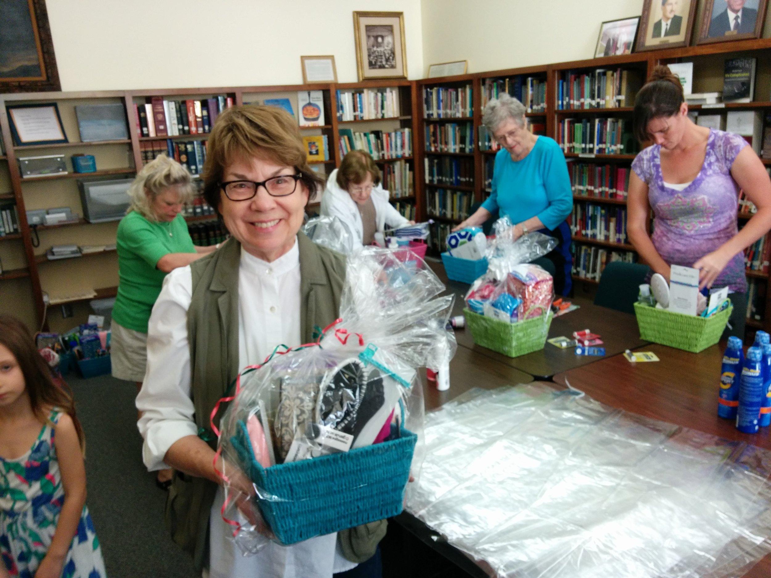 Claremont-Presbyterian-Church-community-baskets.jpg