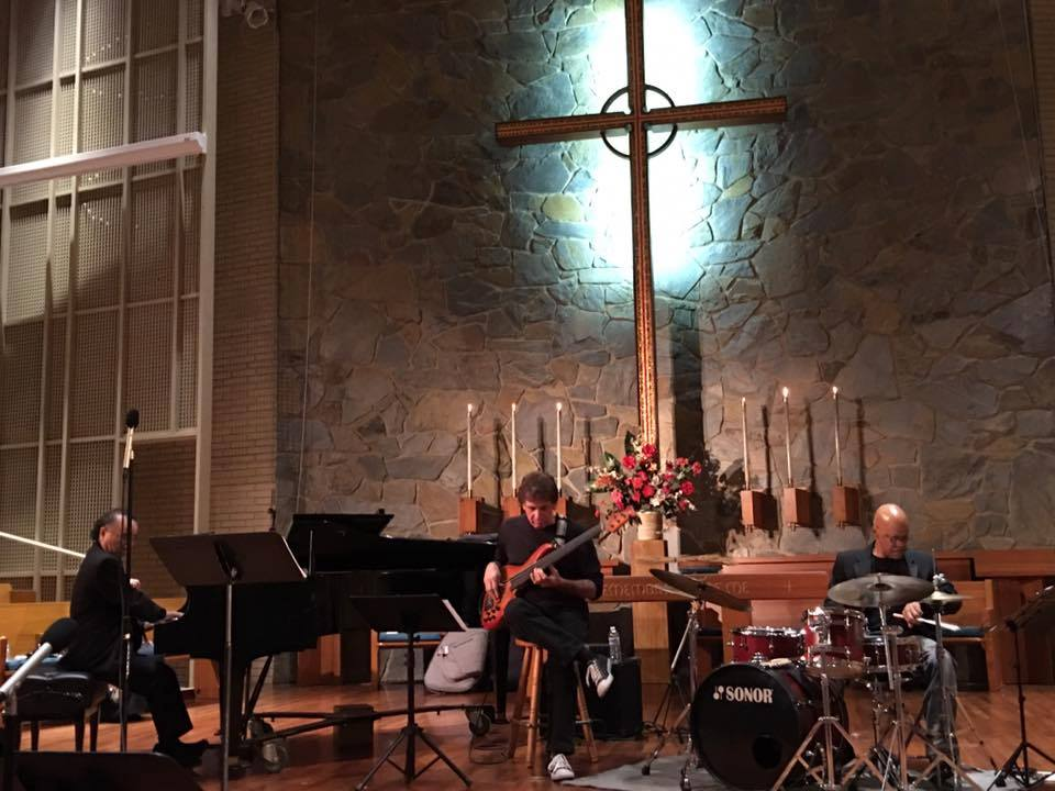 claremont-presbyterian-church-live-music.jpg
