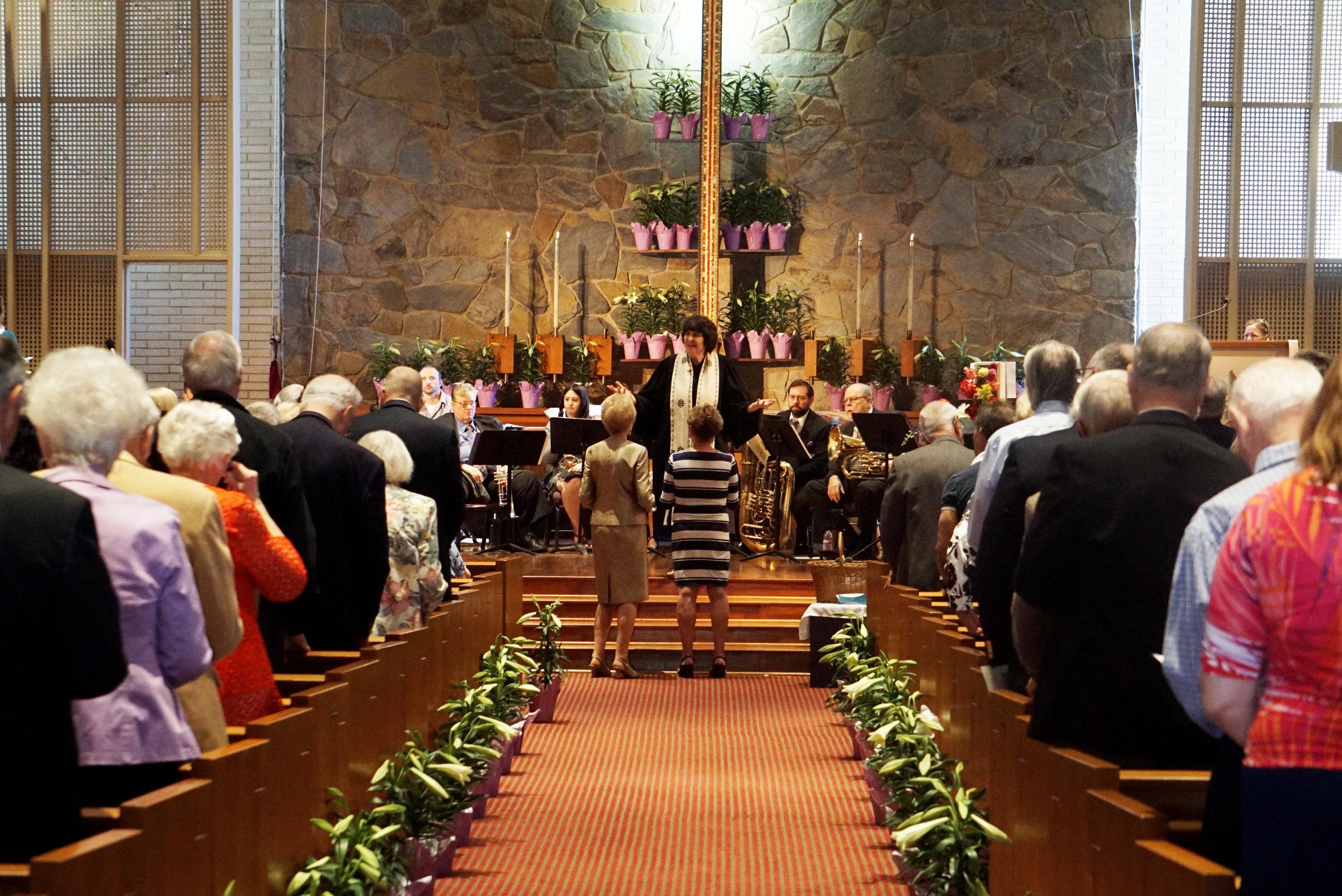 claremont-presbyterian-church-service-sanctuary-congregation-2.jpg