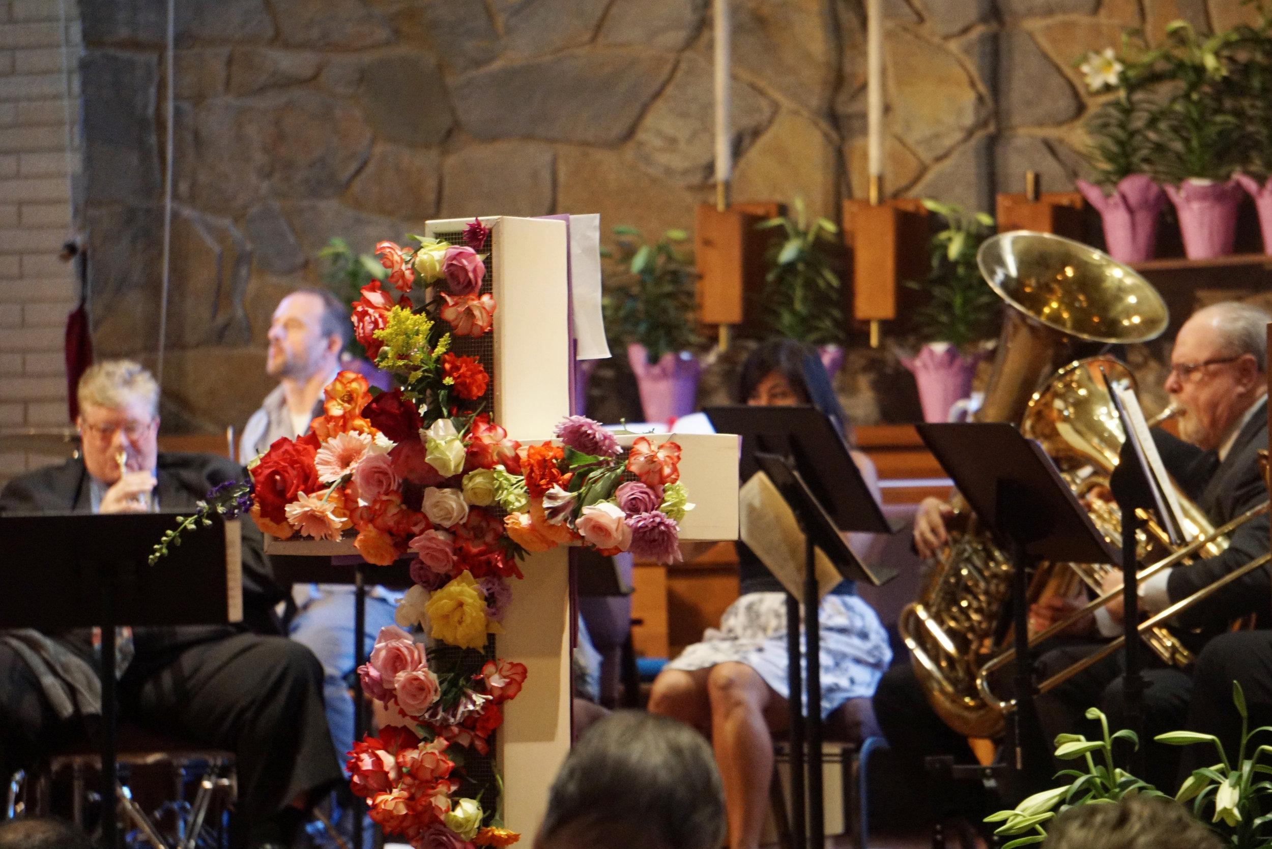 claremont-presbyterian-church-easter-cross-3.jpg