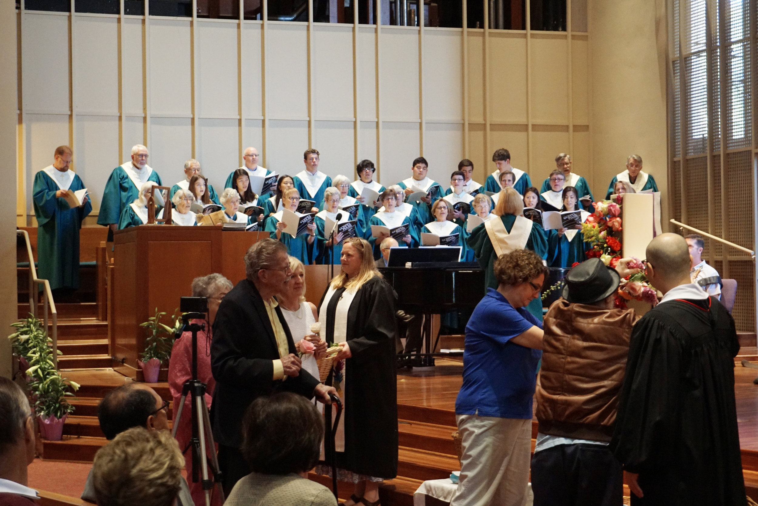 claremont-presbyterian-church-easter-service-2.jpg