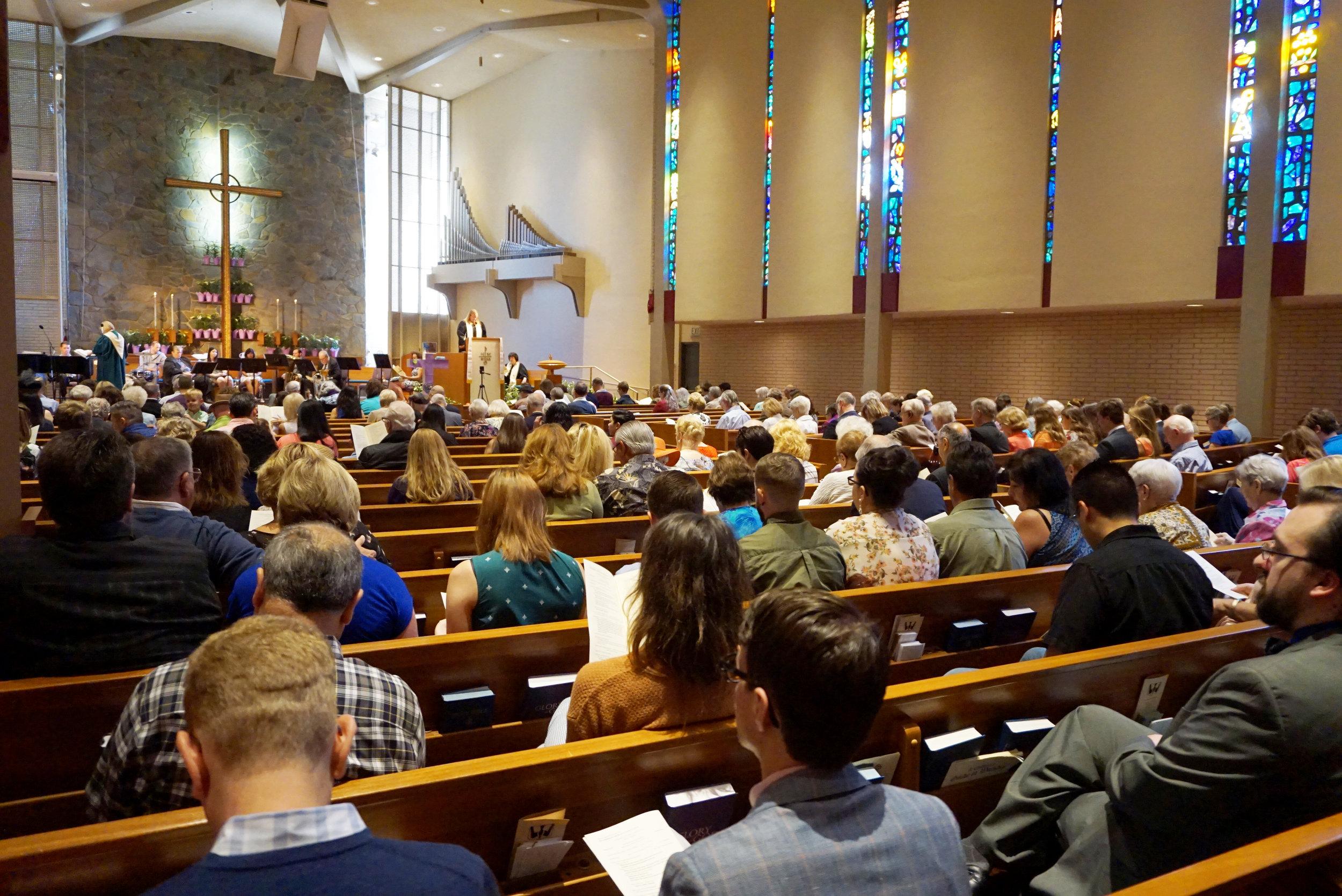 Claremont-Presbyterian-Church-Congregation-13.jpg