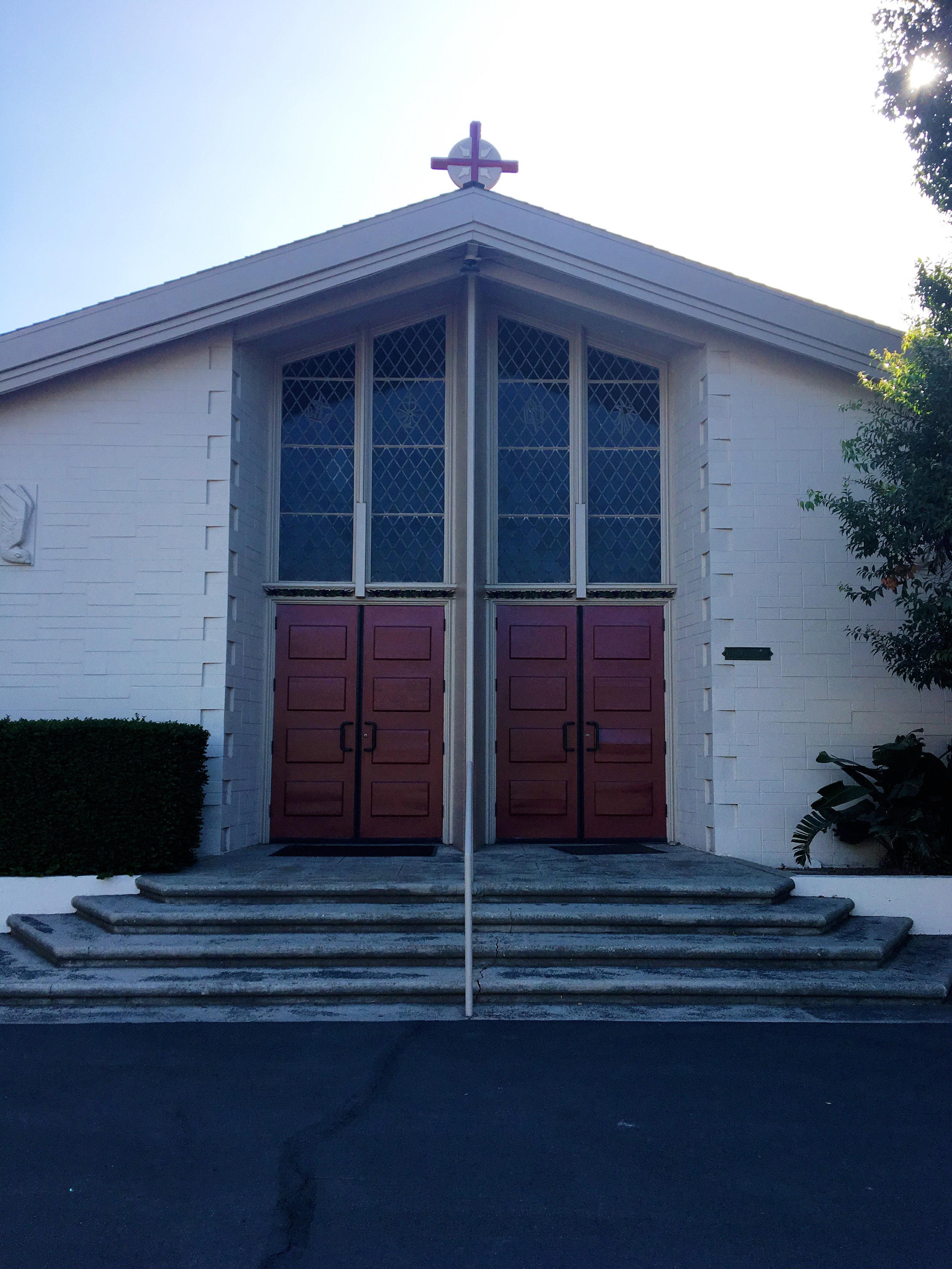 claremont-presbyterian-church-campus-tour-fellowship-hall-outside.jpg