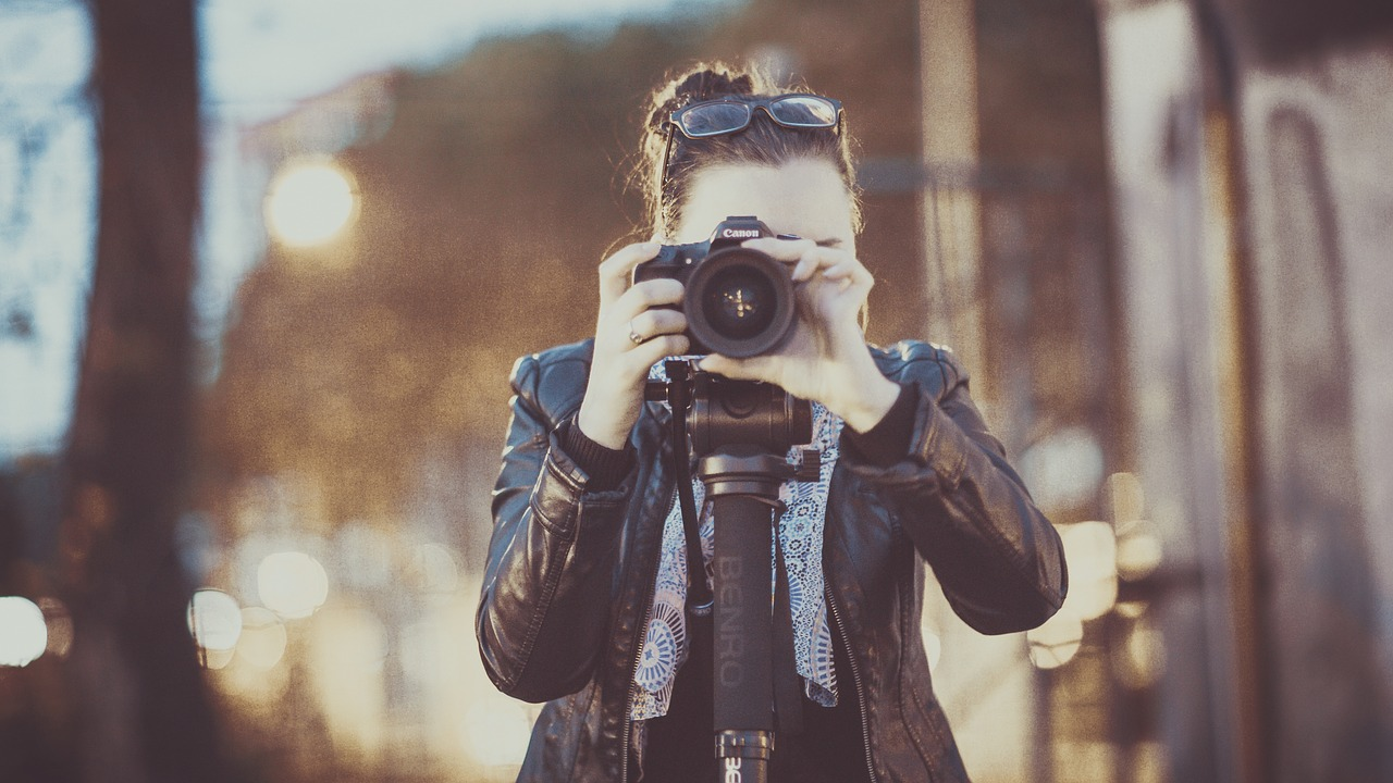 photographer-2179204_1280.jpg