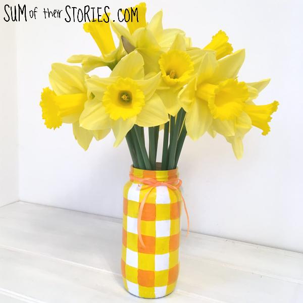 yellow vase.png