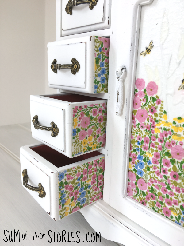 Side of drawers jewellery box