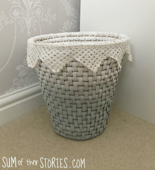 ombre basket with lace