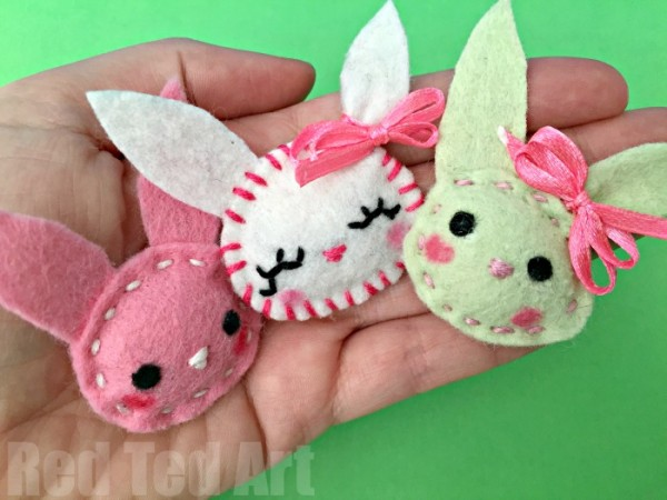 Easy-Bunny-Brooch-sewing-for-beginners-a-lovely-little-Easter-Craft-for-kids-600x450.jpg
