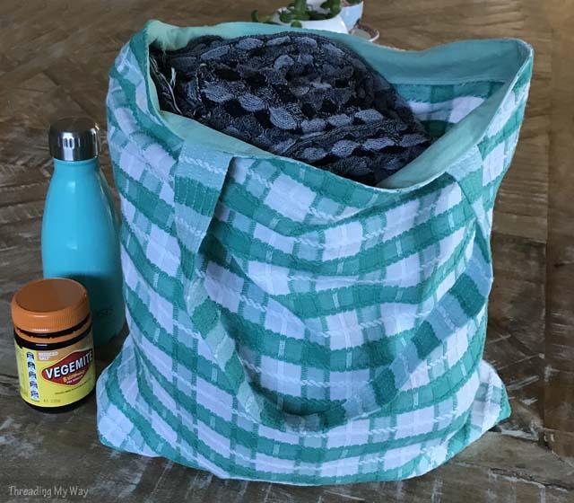 reusable_fabric_grocery_bag_how_make.jpg