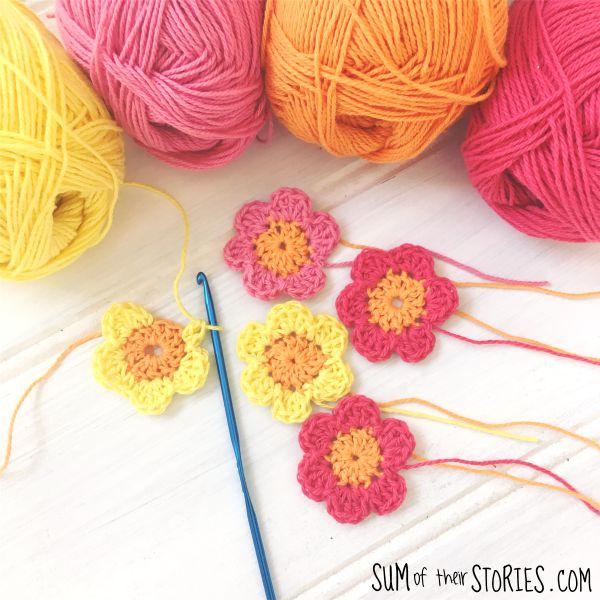 mini crochet flower free pattern