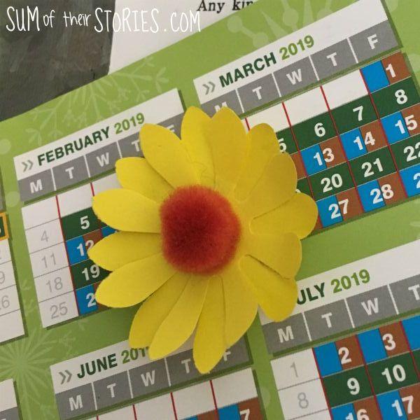 paper sunflower fridge magnet tutorial