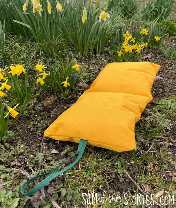 How to make a garden kneeling pad