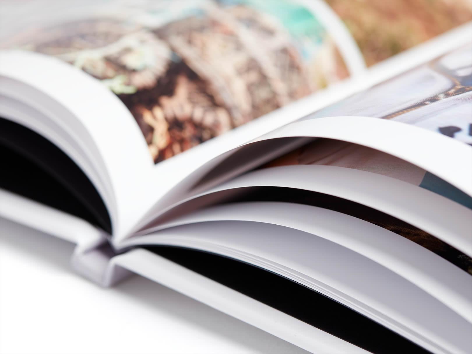 41f1d75085398564a3ecb24c45e8f4b806a462d4_standard-hardcover-square-gallery-4_3_02-1620.jpg