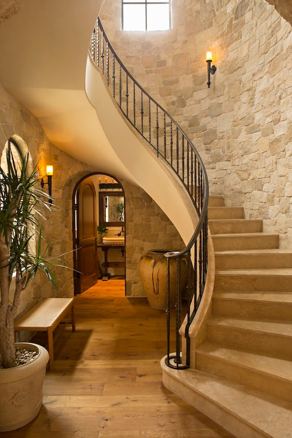 CORONA DEL MAR - TUSCAN Stairs by Oatman Architects