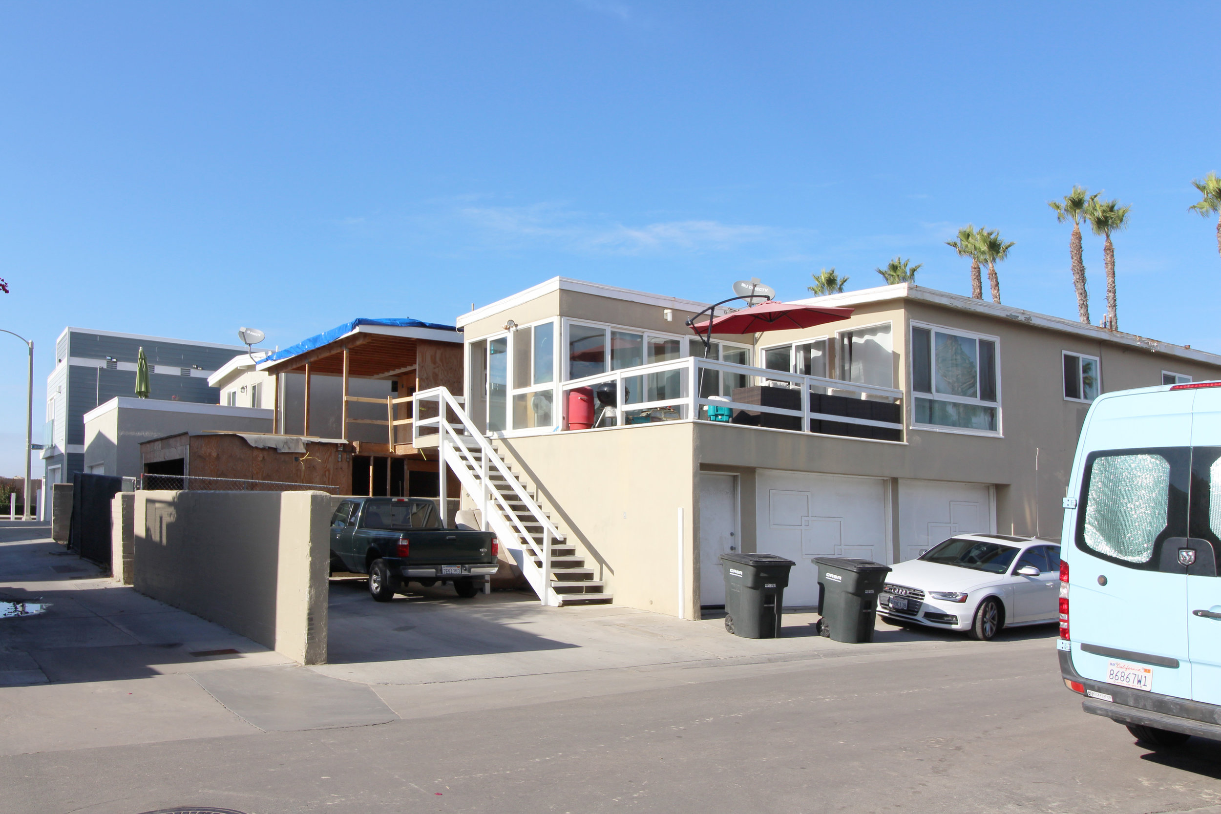 newport beach duplex remodel before.jpg