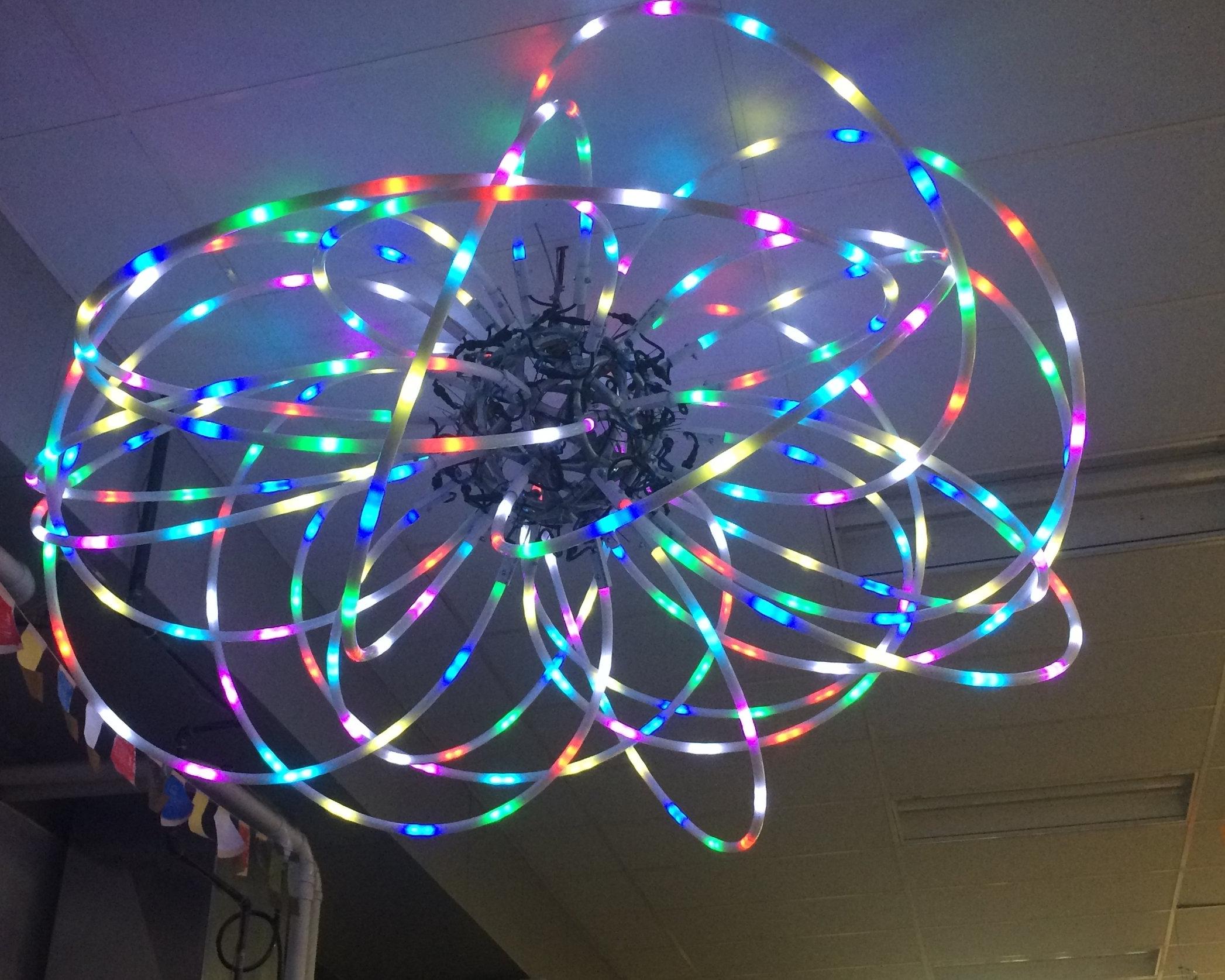 Color-changing Atomic Light Chandelier