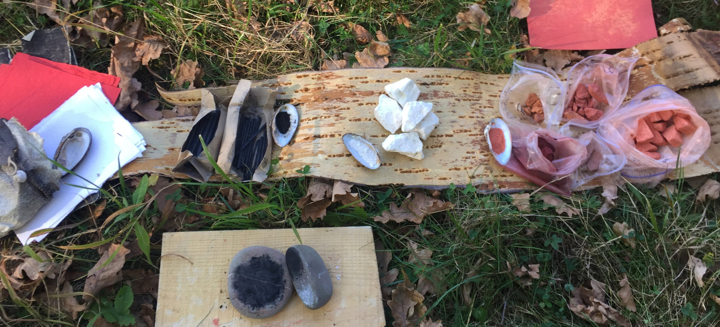 Charcoal, chalk, ochre: teaching materials in a workshop. Photo courtesy of Caroline Ross