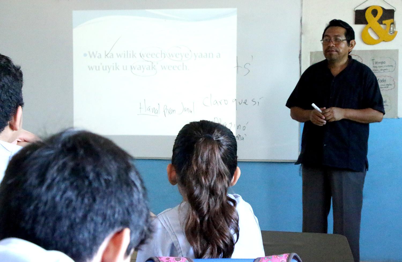 clase maya Isaac Pool en Blas Pascal