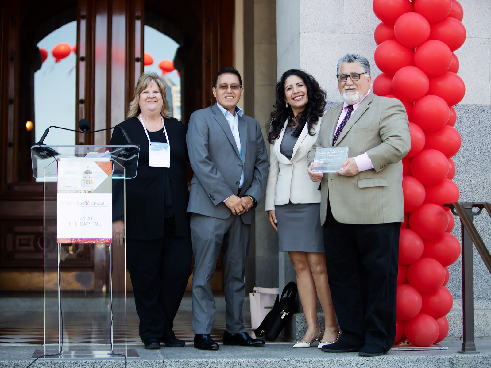 Senator Anthony Portantino receives the Community Health Center Champion Award