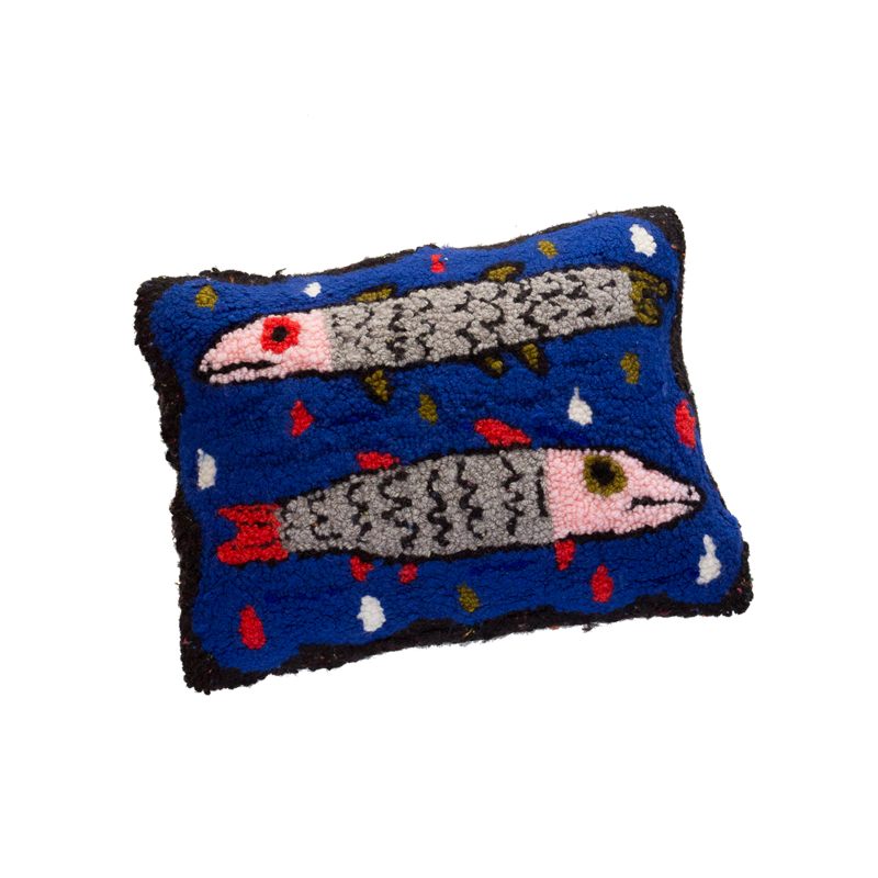 barracuda-pillow_hover_1024x1024.png