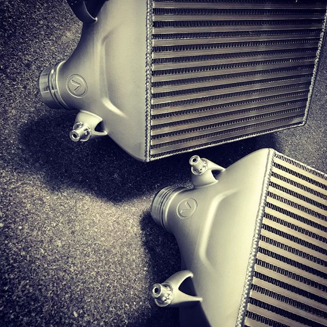DMLM - 3D Printed Aluminum header tanks for the Porsche 991 TT Intercoolers. Custom spec'd heat exchangers, & 5 axis machining. The most advanced intercoolers for the 991.1/.2 Porsche  Turbo. 100% made in USA in our aerospace certified facility. #porsche #turbo #991