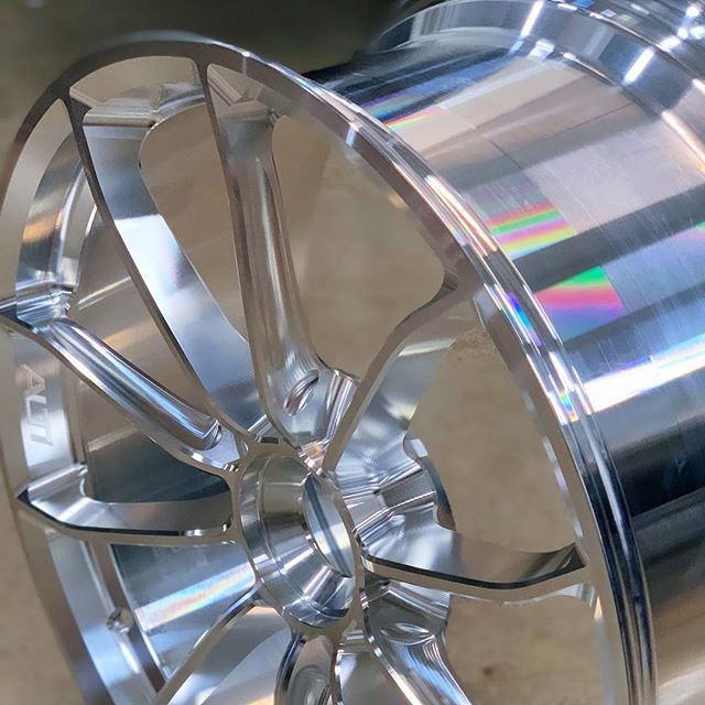 "The ALTI wheel process. 100% finished in machine. 991 Carrera , turbo , gt3 . 20x9.5""  #porsche #instamachinist #cnc #cam #turbo #wheels: @supremepower @dmgmori @helicaltools @harveytool"