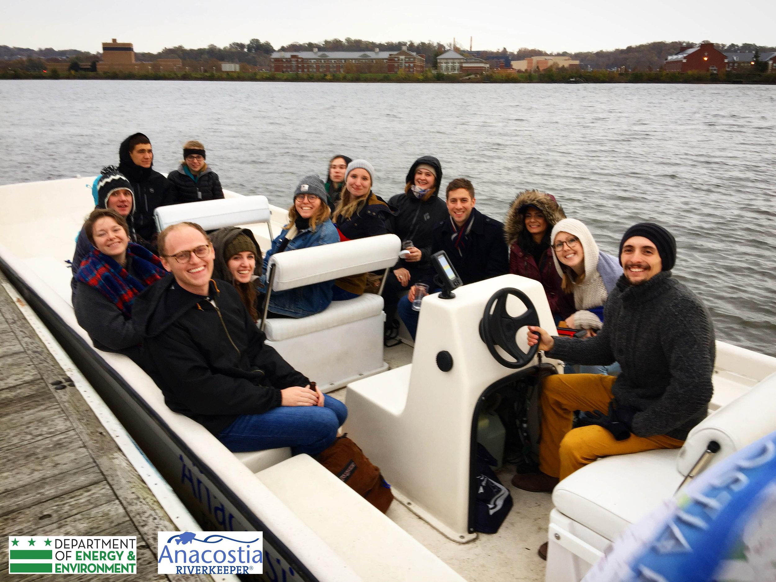 Boat tour ARK DOEE logos.jpg