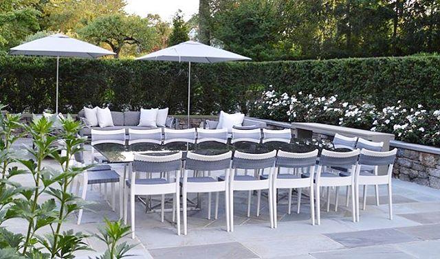 Dining in Style #outdoordining #diningterrace #inthegarden #alfresco  #tistheseason #outdoorfurniture #exteriordesign #gardenstyle #gardendesign #greenwichct #boywonderdesign