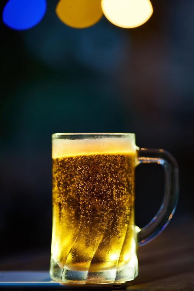 alcohol-alcoholic-beverage-beer-1672304.jpg