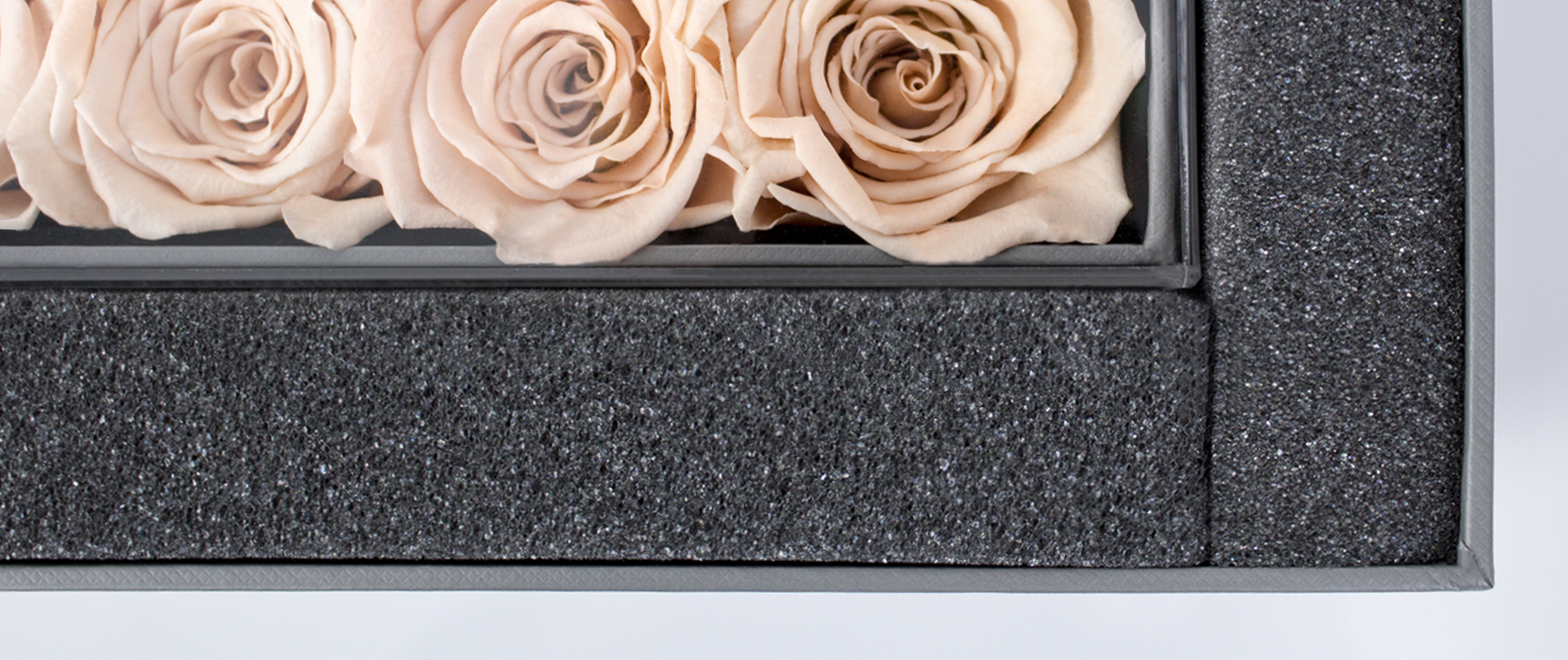 Securely Protected - Quality is important to us, which is why our Meraki team packaged your floral box inside an outer Meraki Box to serve as another layer of protection during the shipping process. Within your outer box, your main rose product sits comfortably between layers of foam to prevent your gift from being damaged.