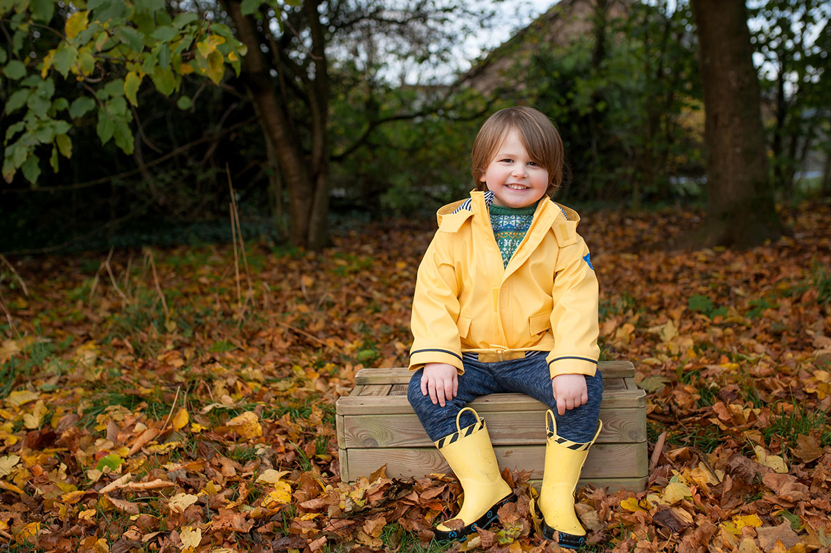 This little guy was dressed to impress and dressed for the weather with his yellow coat, matching wellies and chunky Fair-Isle knit jumper. Isn't he adorable!