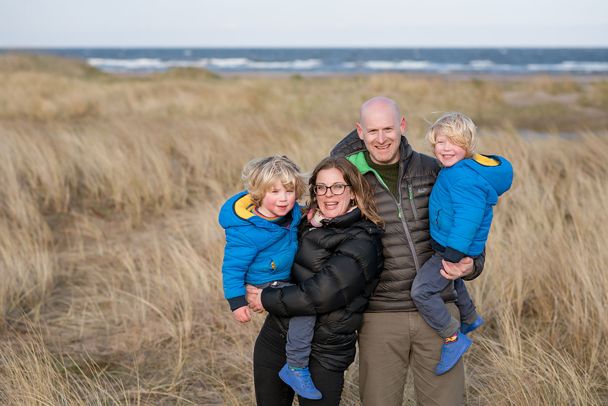 5 fabulous locations in Angus and Dundee for your family photo shoot