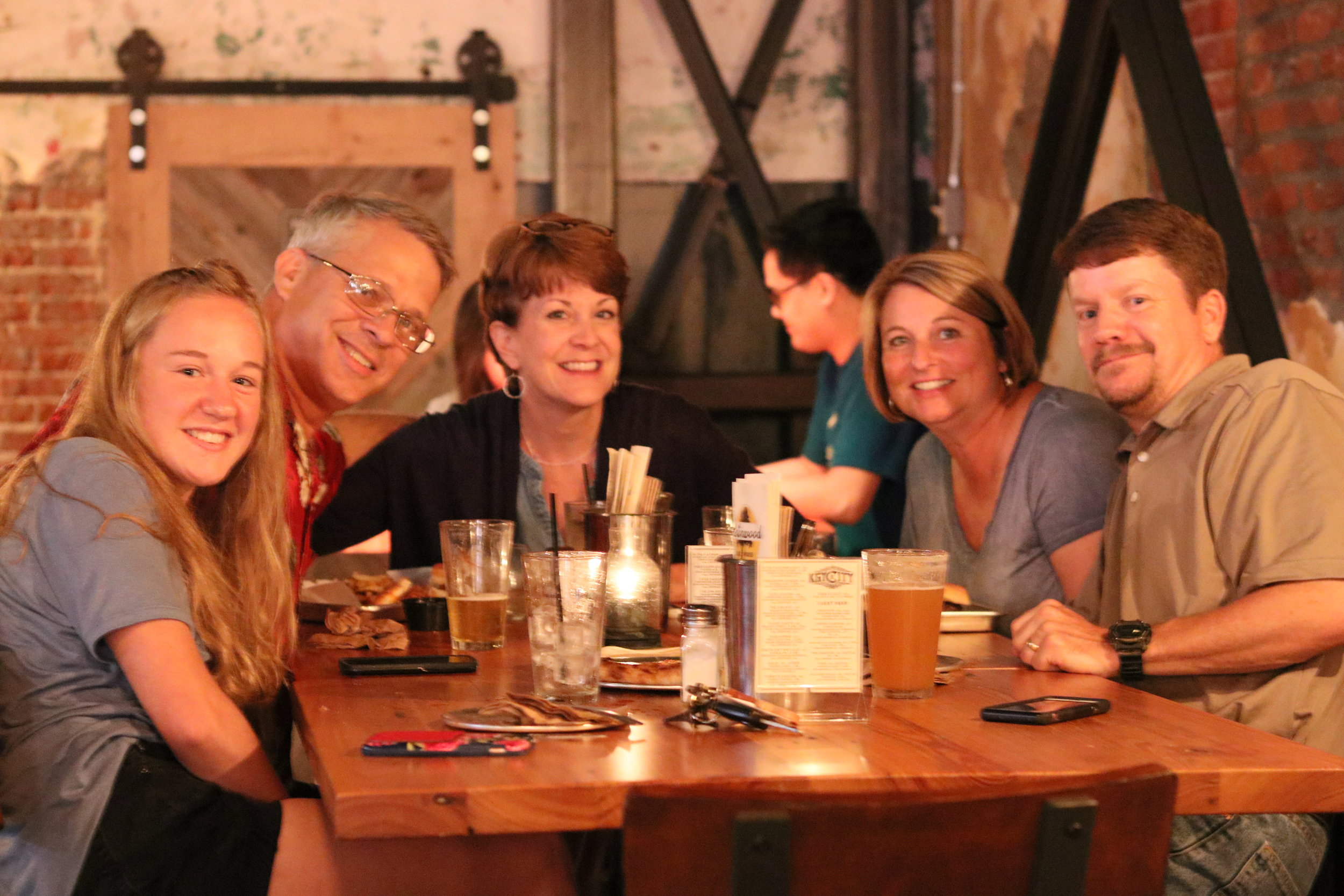 Places for a family dinner in Vicksburg