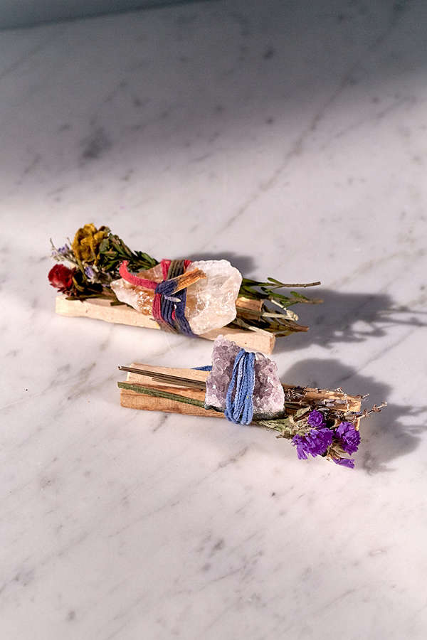up palo santo crystal bundle-$18 - For the gal just trying to get her energies right for the new year!