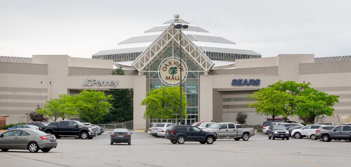 oak view mall.jpg