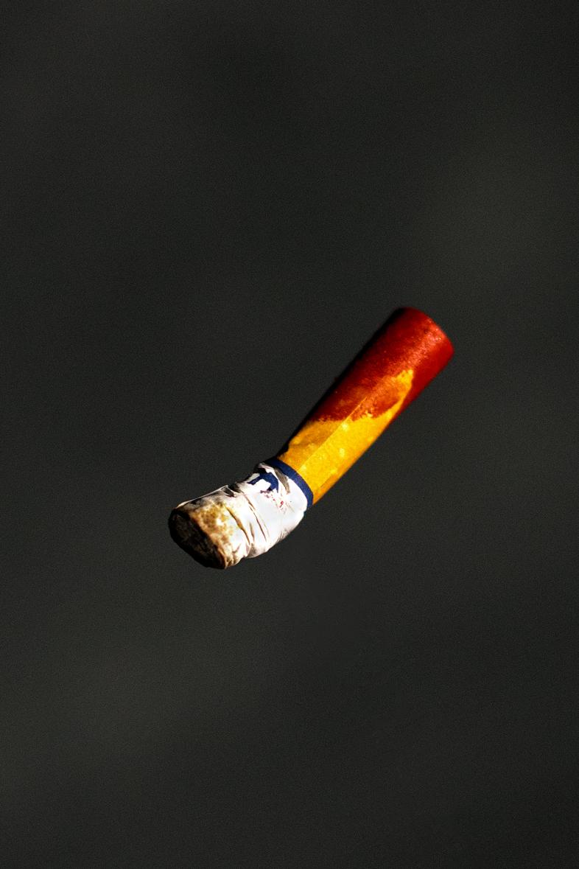 falling-lipstick-cigarette-ransom-ashley-.jpg