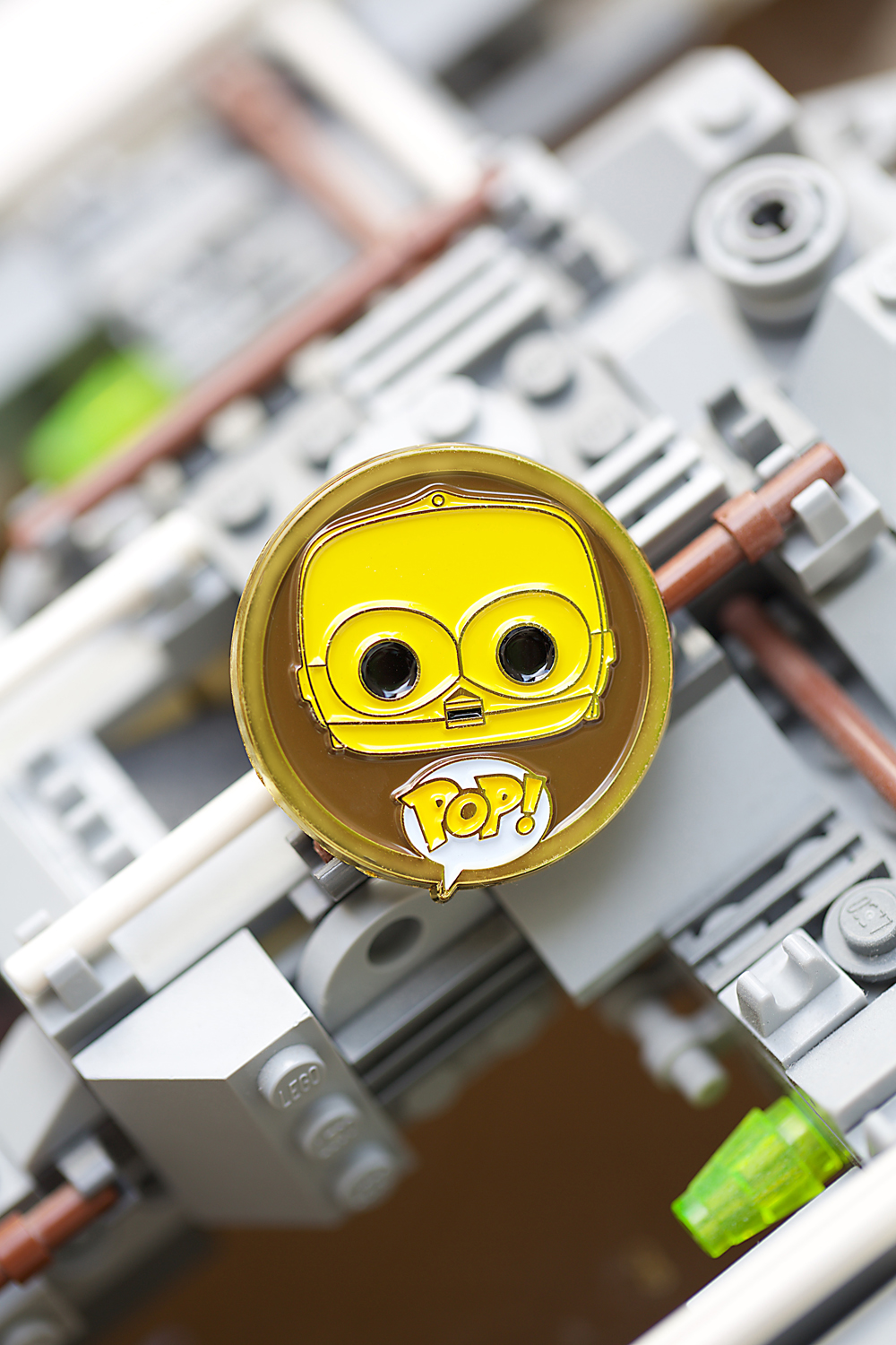 006_pin_c3po_beauty1s.jpg