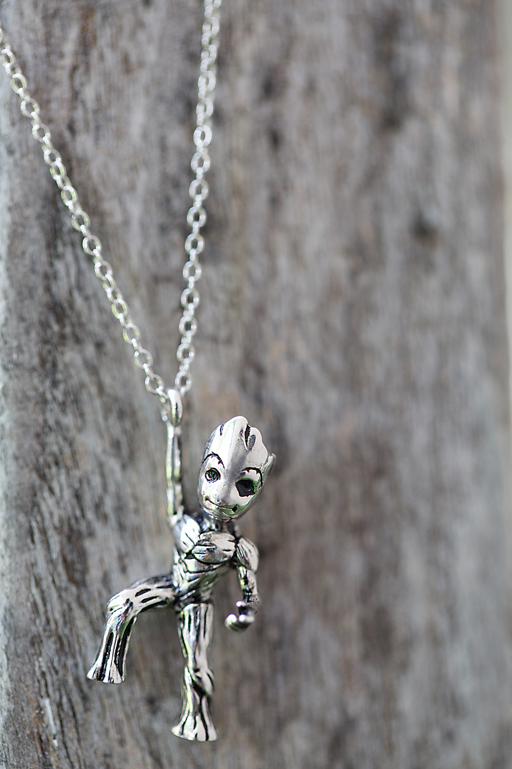 013_necklace_groot_beauty1s.jpg